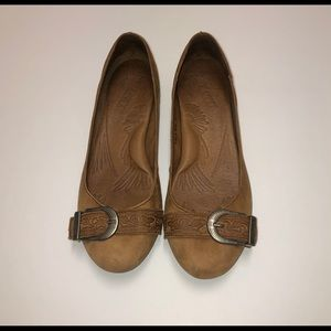 Born brown loafers